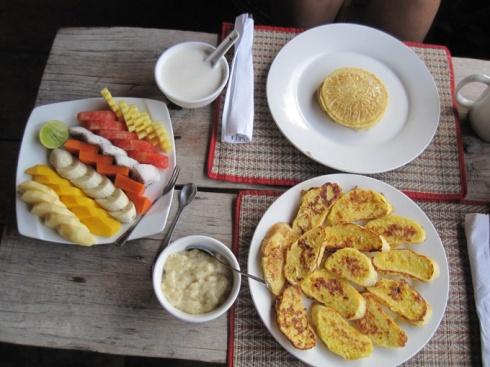 Breakfast at Lazy Beach