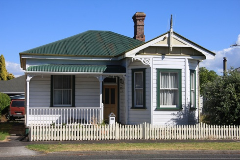 Another traditional NZ house